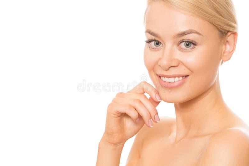 Naturalnie piękna kobieta odizolowywająca na bielu obrazy royalty free