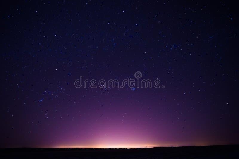 Naturalny Istny nocne niebo Gra główna rolę tło teksturę obrazy stock