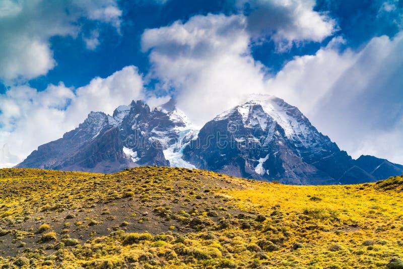Naturalny krajobraz Torres Del Paine park narodowy w Chilijskim Patagonia fotografia royalty free