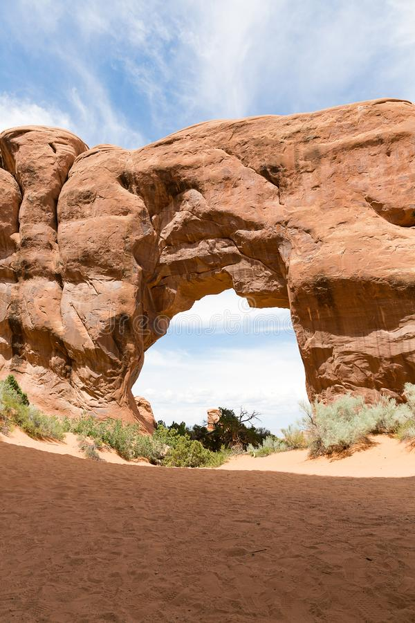 Naturalny piaskowcowy sosna łuk w łukach parki narodowi, Utah, obraz stock