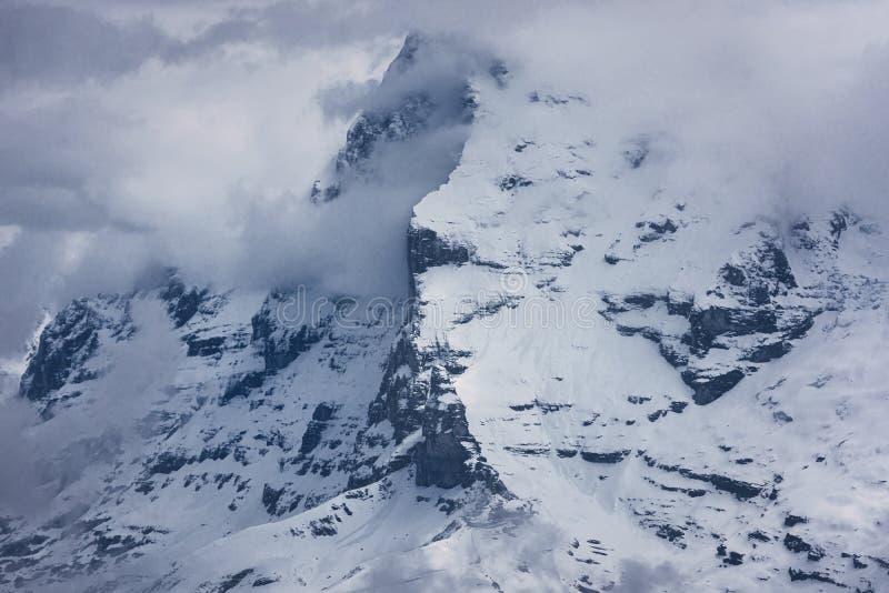 Naturalny scenerii Outdoors gór Szwajcarscy Alps w Szwajcaria, Pięknym natura krajobrazu pasmie górskim i lodowu Europa, obraz royalty free