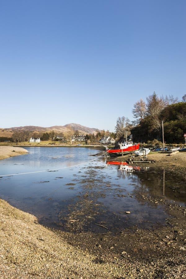 Naturalny schronienie przy Glenelg w Szkocja obraz stock