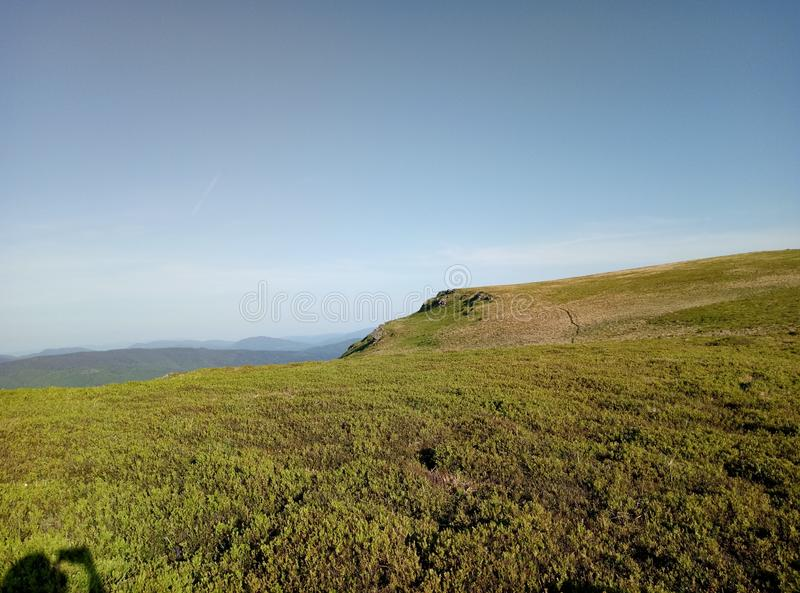 Nature dans les montagnes images libres de droits