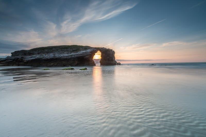 Naturen blir härlig på stranden av domkyrkorna arkivfoto