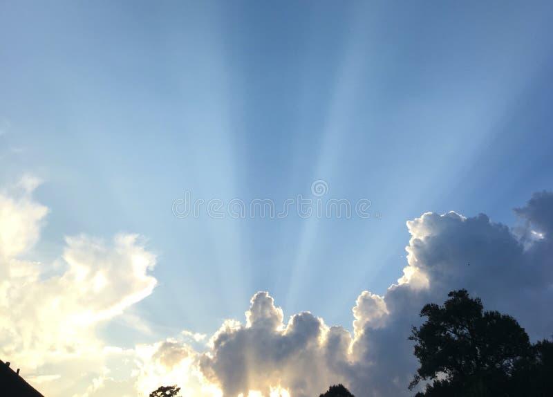 Download Natureza Bonita Dos Céus Das Noites Do Sul De Louisiana Do Por Do Sol Foto de Stock - Imagem de quintal, bonito: 80101422