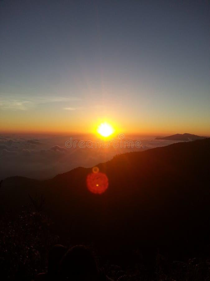 Natureza da montanha do nascer do sol imagem de stock