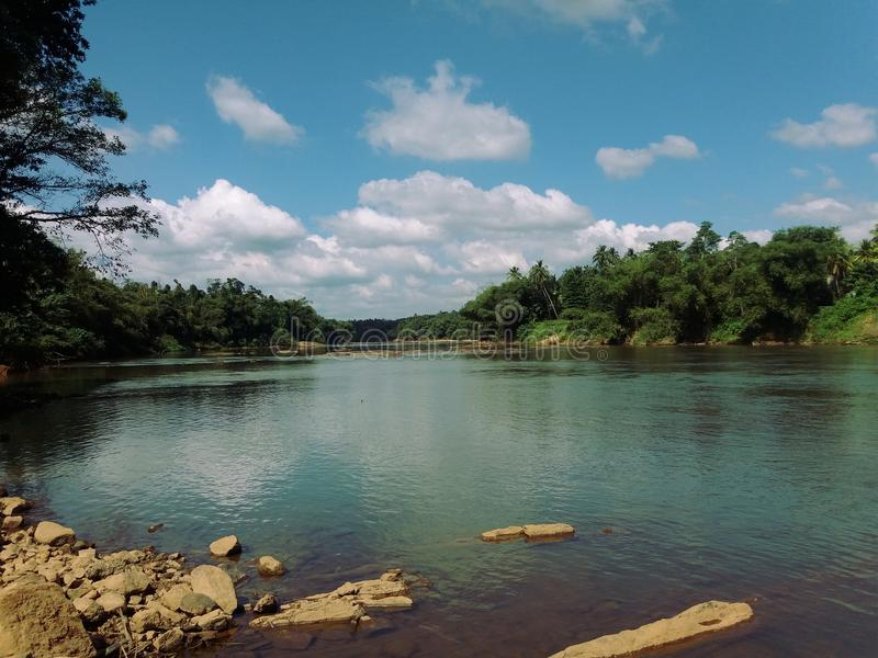 Natureza do rio de Kalani imagem de stock