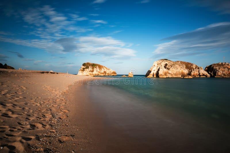 Natureza impressionante, paisagem marinha e rochas foto de stock