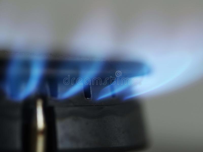 Naturgas på ugnen royaltyfria bilder