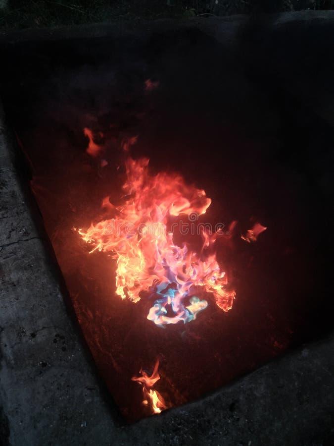 Naturlig brandregnbåge royaltyfri foto