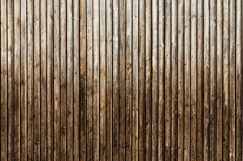 Naturlig brun ladugårdträvägg Trätexturerad bakgrundsmodell royaltyfria foton