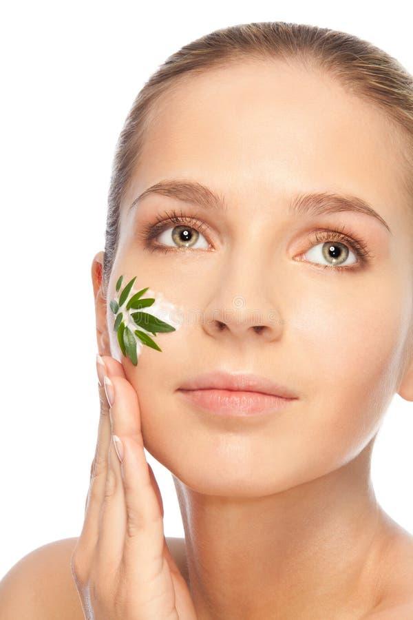 naturlig fuktighetsbevarande hudkräm royaltyfri foto