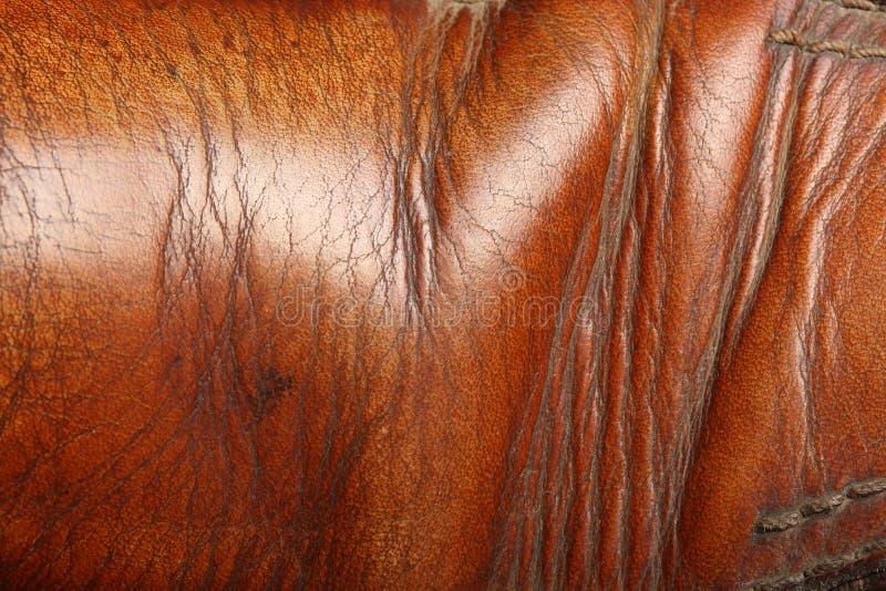 Naturlig gammal brun läderyttersida abstrakt bakgrund arkivfoto