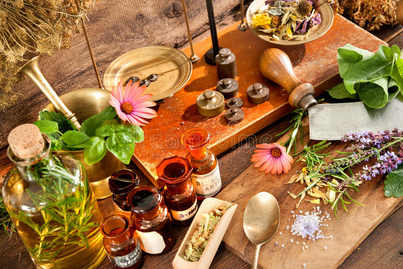 naturlig medicin royaltyfri bild