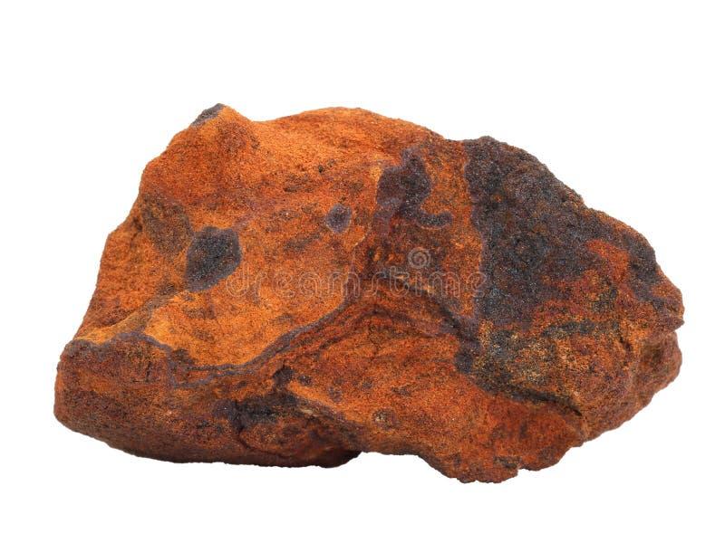 Naturlig prövkopia av ferriferous sandstenjärnmalm på vit bakgrund arkivfoto