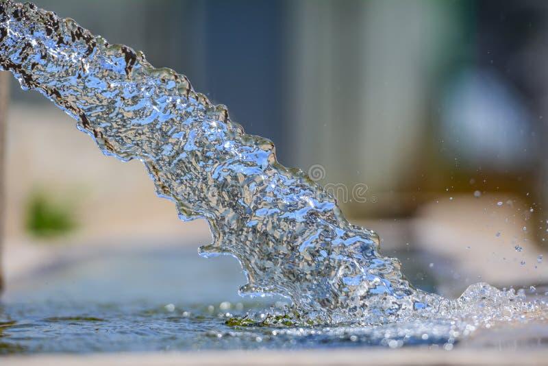 Naturlig, ren och sund vatten för hygien, royaltyfri foto