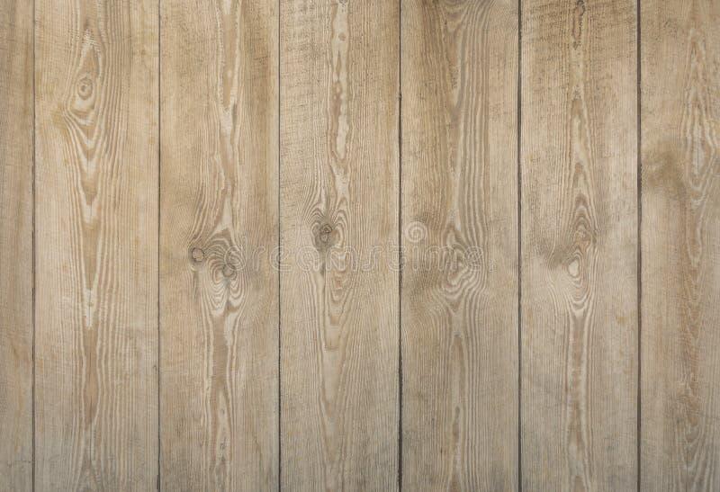 Naturlig träbrädetextur av ljust - brun färg royaltyfri bild