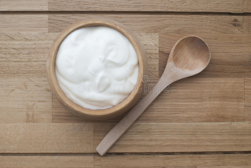naturlig yoghurt arkivbilder