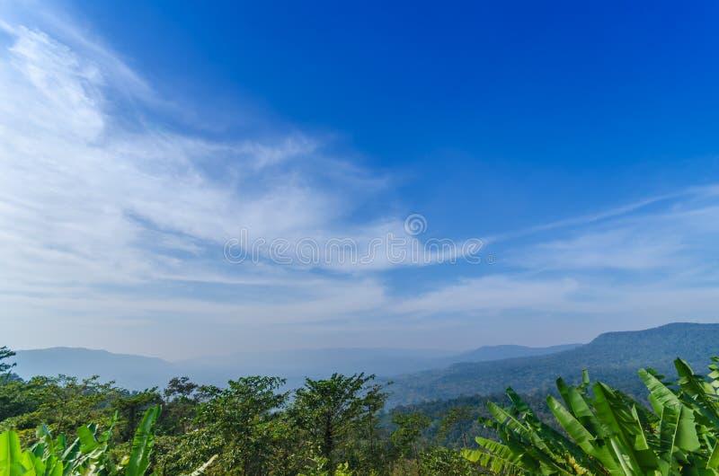 Naturligt landskap för härliga berg arkivfoto