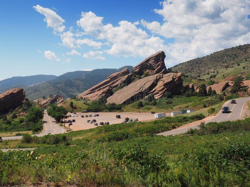 Naturligt rött vaggar sandstenbildande i Morrison Colorado fotografering för bildbyråer