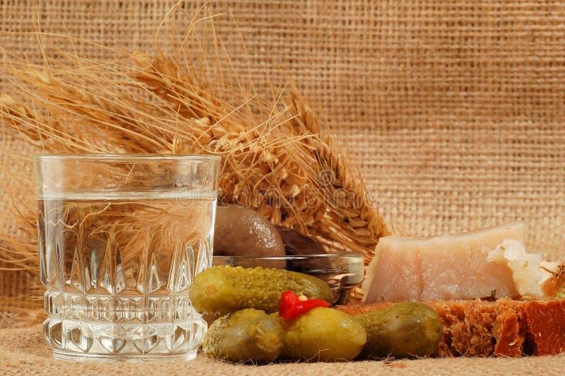 Naturmort ruso de la vodka foto de archivo libre de regalías