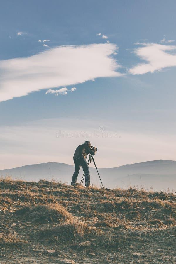 Naturphotograph in den Bergen lizenzfreie stockfotografie