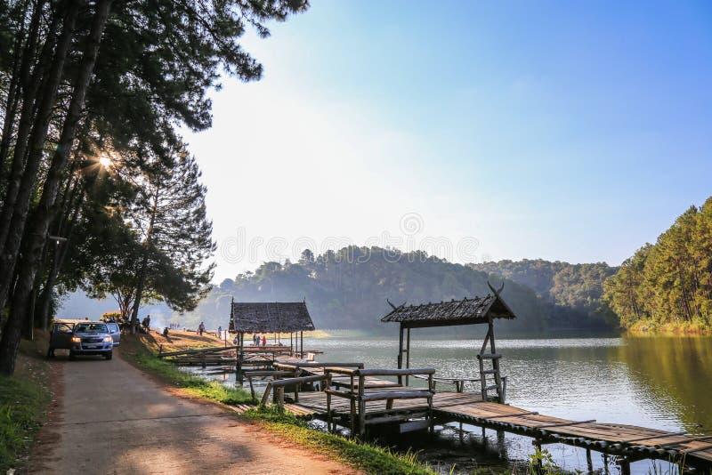 Natuurlijk landschap in Pang Ung, Mae Hong Son, Thailand stock fotografie