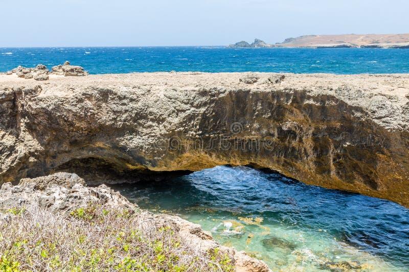 Natuurlijke Brug in Aruba stock fotografie