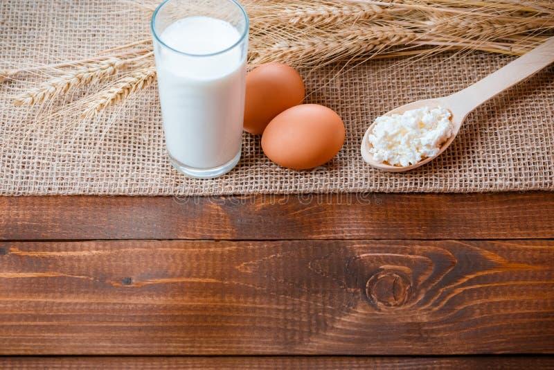 Natuurlijke eigengemaakte producten stock foto's