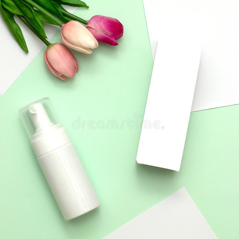 Natuurlijke schoonheidsproducten voor het brandmerken van prototype stock afbeelding