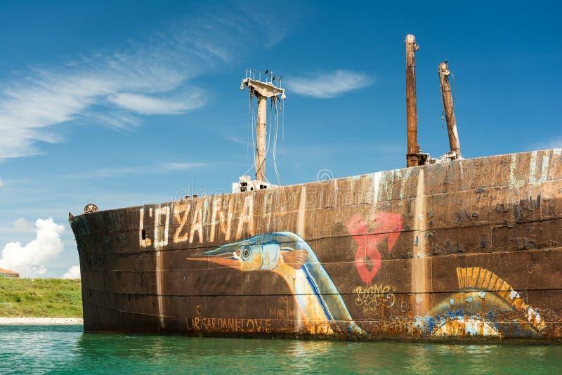 Naufrágio de Evangelia perto da praia do Mar Negro foto de stock