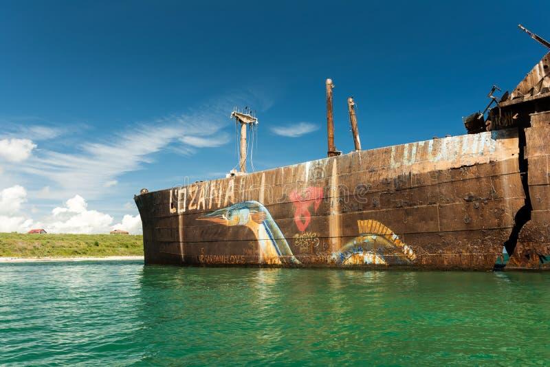 Naufrágio de Evangelia perto da praia do Mar Negro fotos de stock royalty free