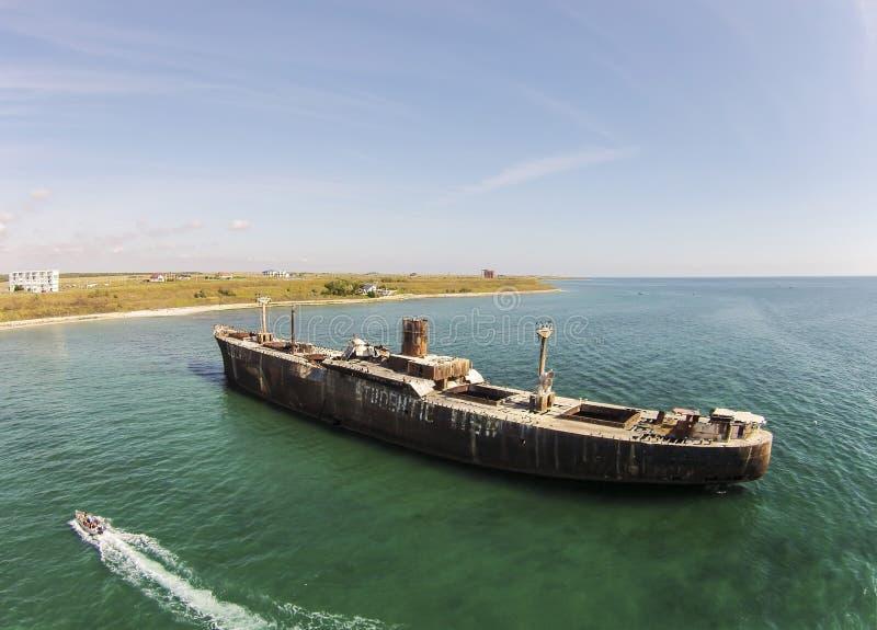 Naufrage d'Evangelia, côte de la Mer Noire, Roumanie, vue aérienne photos stock