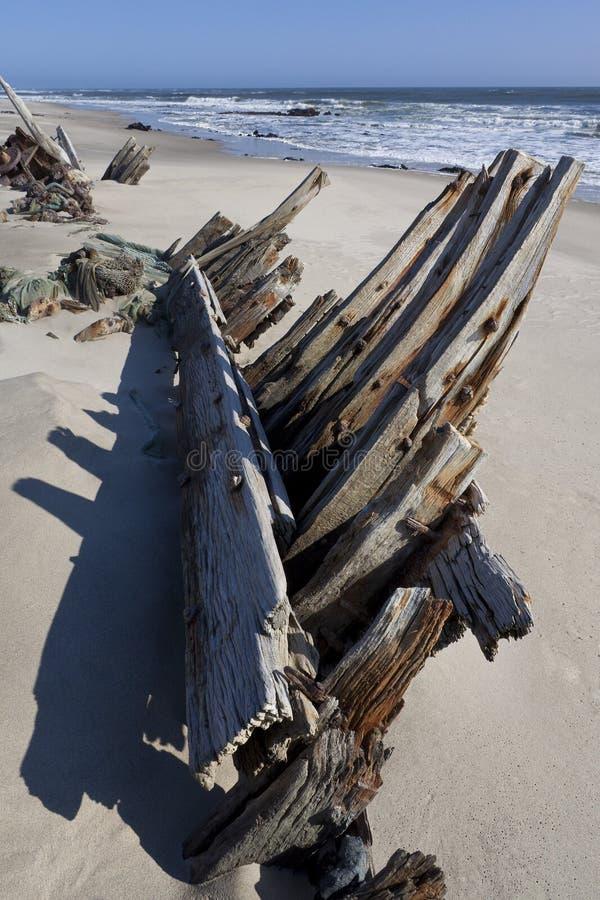 Naufragio - litorale di scheletro - il Namibia immagini stock