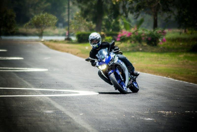 Nauka ruch i prowadnikowy podstawowy dla motocycle obrazy royalty free