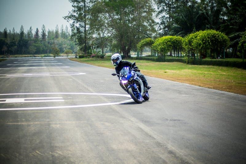Nauka ruch i prowadnikowy podstawowy dla motocycle obraz stock