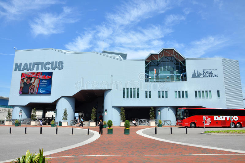 Nauticus Marinemuseum in Nolfork, VA lizenzfreie stockfotos