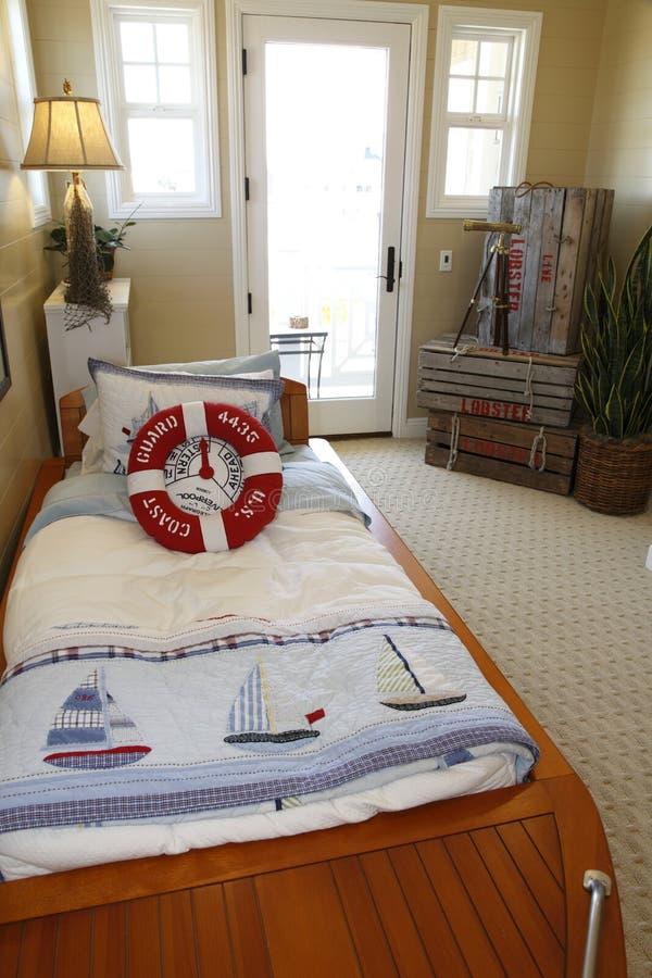 nautisk sovrumdekor arkivfoto