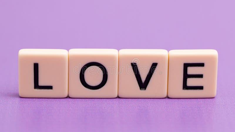 Nauwkeurig beschreven liefde stock foto