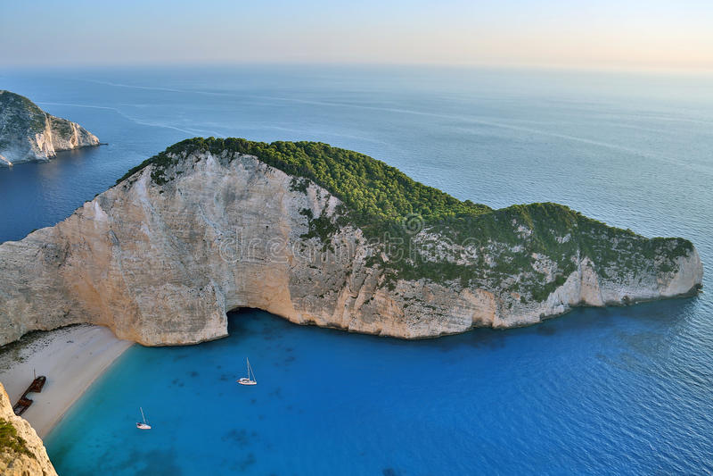 Navagio strand, Zakynthos ö, Grekland royaltyfri foto