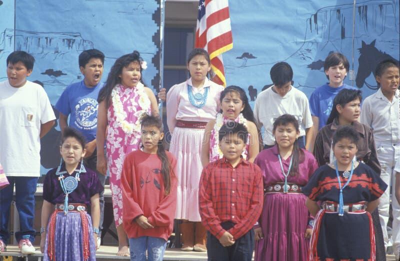 Navajoschulkinder lizenzfreie stockbilder