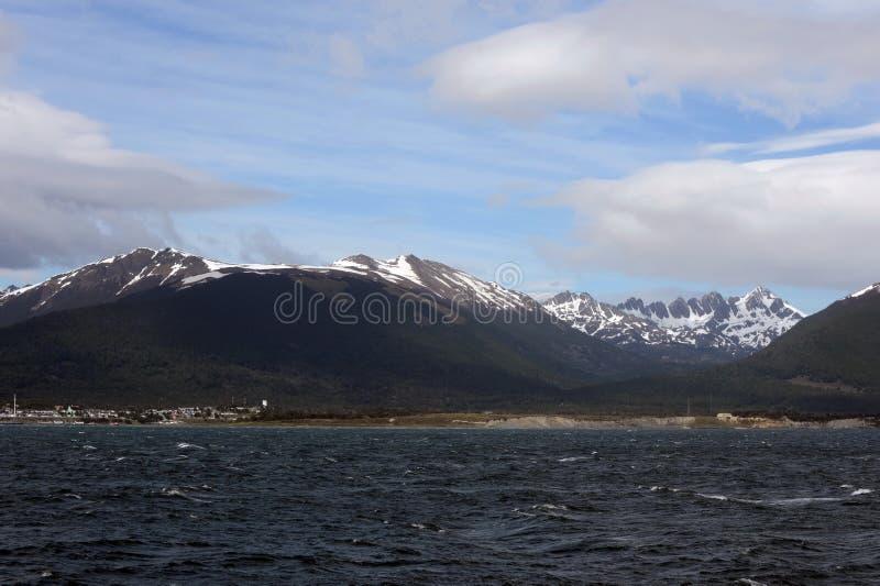 Navarino海岛位于对火地群岛海岛的南部通过小猎犬海峡和在盖帽北部 免版税库存照片
