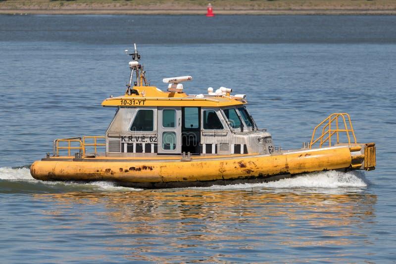 Nave ad alta velocità KRVE 62 nel porto di Rotterdam immagini stock
