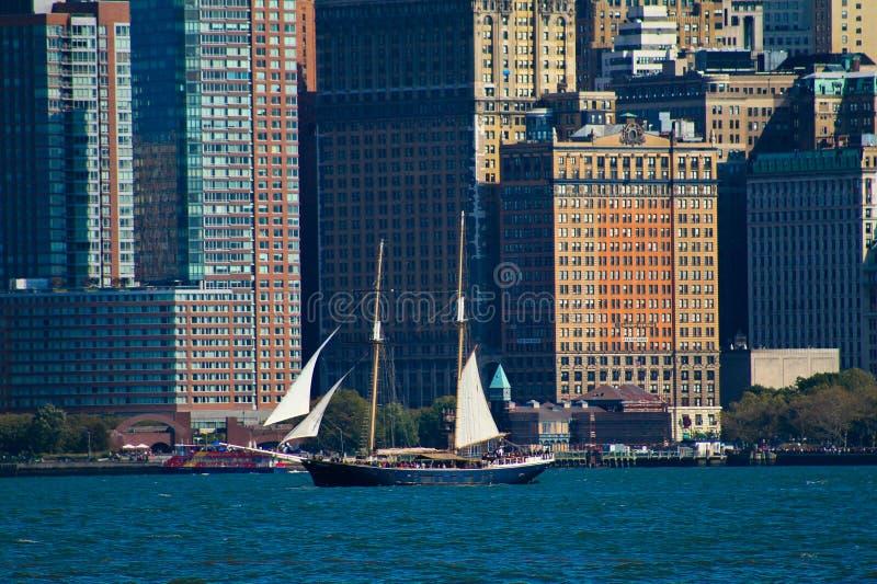 Nave alta a Manhattan, NYC fotografie stock