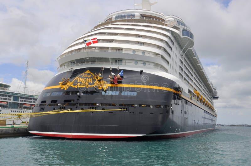 Nave da crociera di sogno di Disney a Nassau, Bahamas fotografia stock