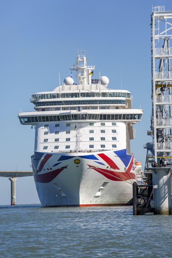 Nave da crociera, il Britannia dalla P & crociere della O fotografia stock