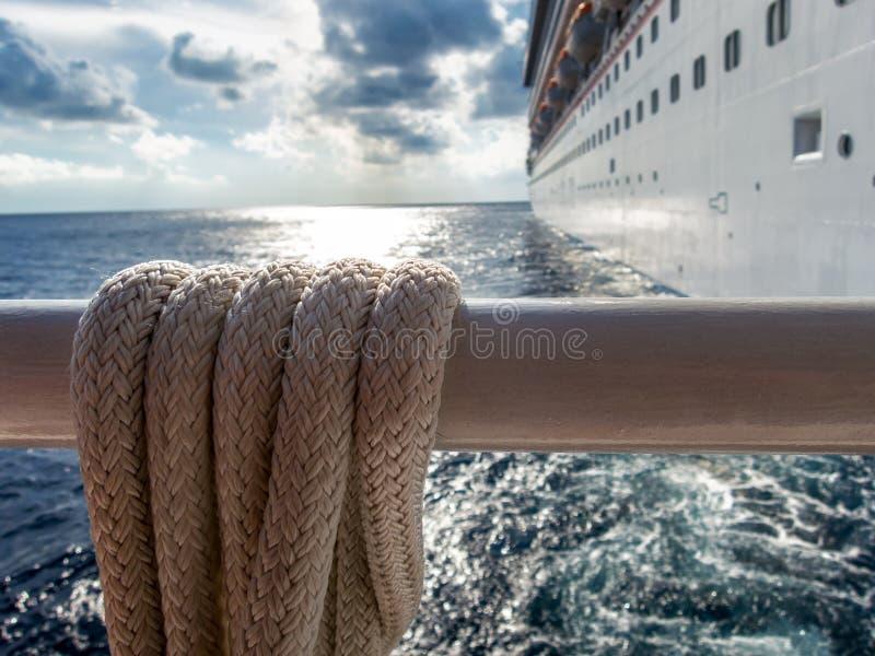 Nave da crociera nel mare caraibico fotografia stock