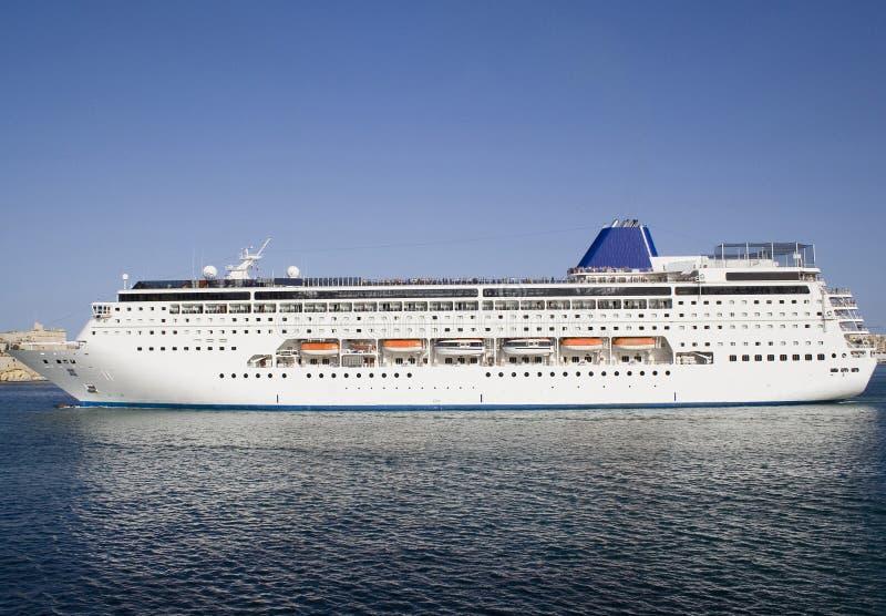 Nave da crociera in porto di Malta fotografia stock