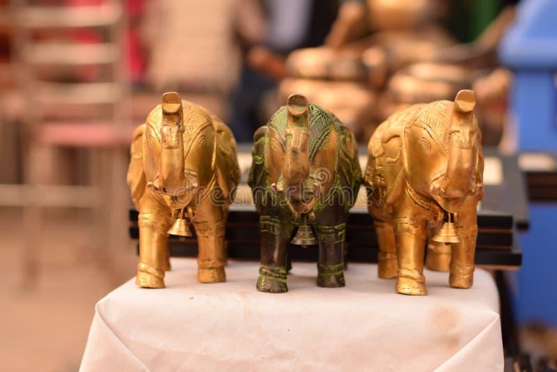 Nave del artesano del elefante en el haat de Delhi foto de archivo