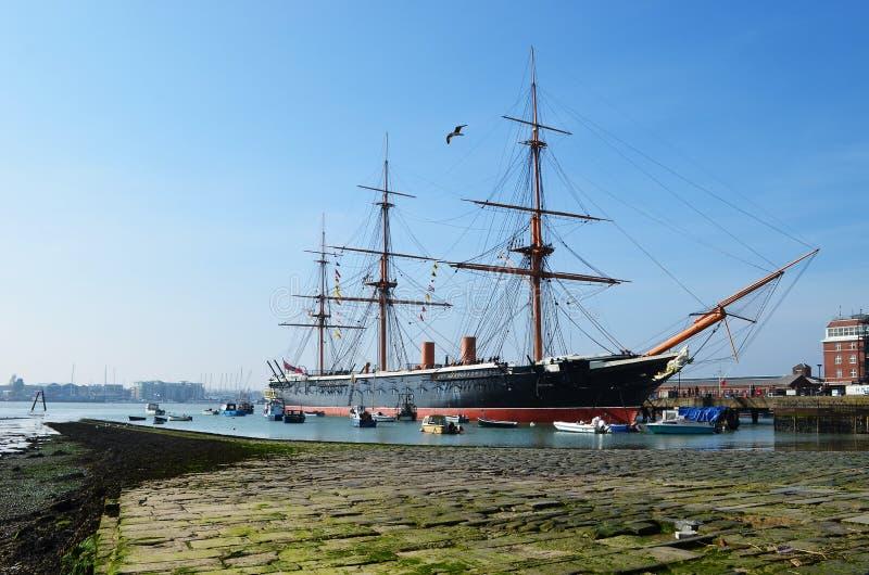 Nave del guerrero del HMS en el astillero naval histórico de Portsmouth fotos de archivo